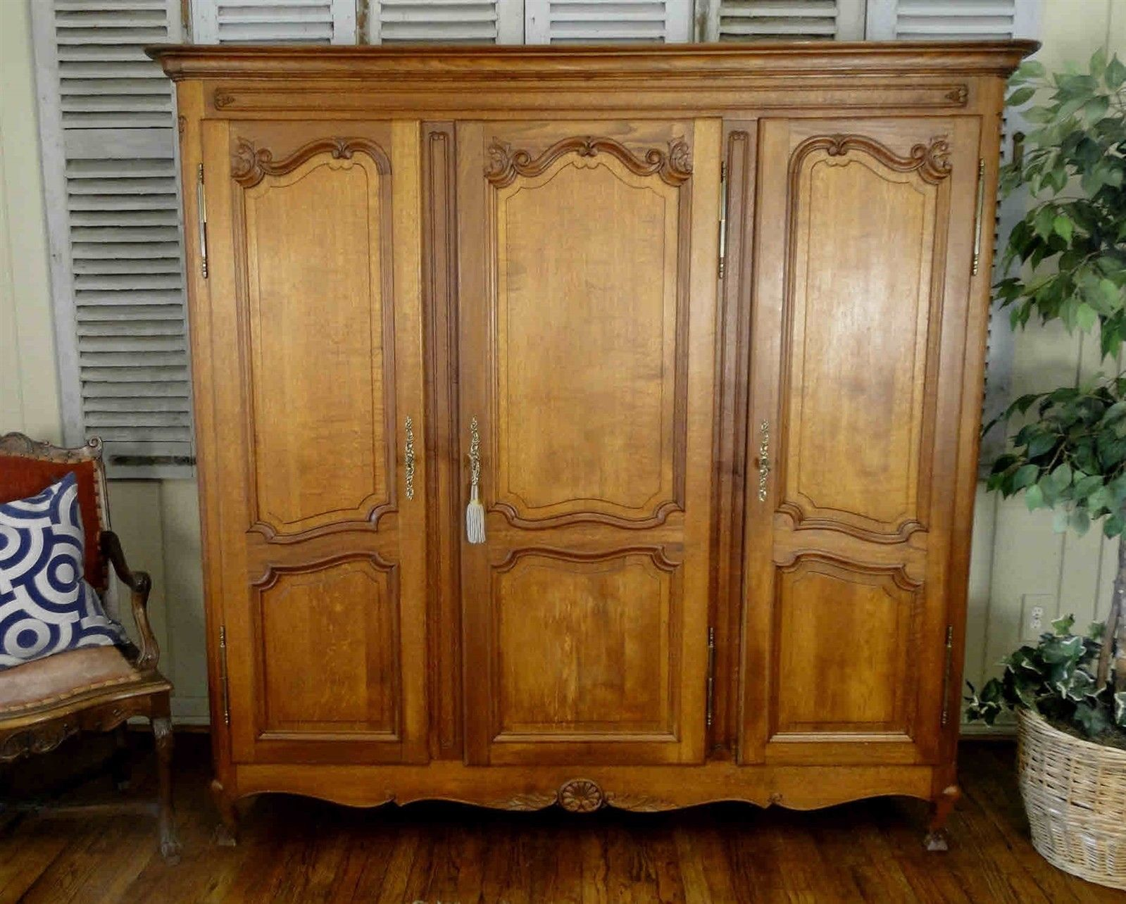 Antique French Country Wardrobe Armoire 3 door shelves hanging rod tiger Oak key