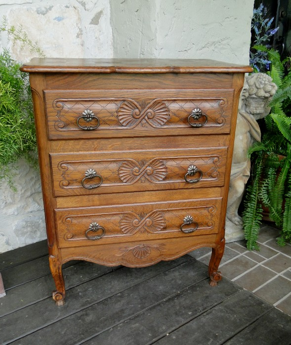 Antique French Carved Oak Chest Nightstand Cabinet Cupboard Lamp Table